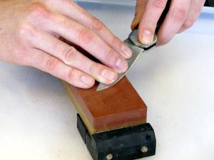 Kurs Messerschleifen im Rahmen des Reparaturnetzwerkes