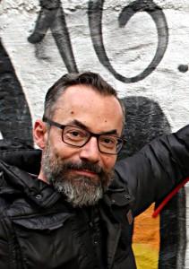 Christian Osterbauer schneidert Gwand für Schnitter.innen